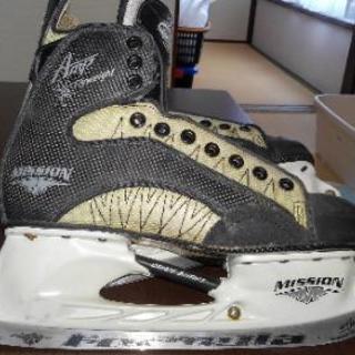 新古アイスホッケー靴サイズ26.5cm~27cm
