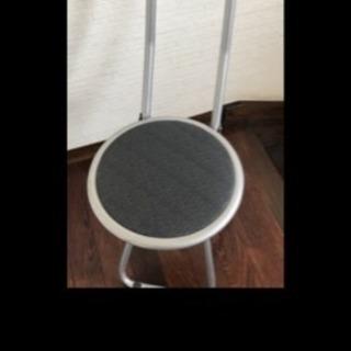 🍎使い勝手が良い 折りたたみ椅子🍎