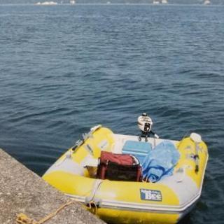4人乗りゴムボート