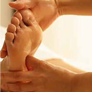台湾式足つぼを基礎から習う