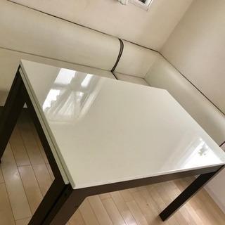 伸縮テーブル&ソファー