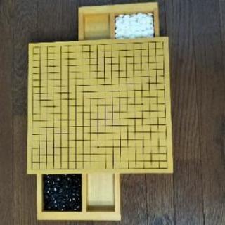 小型の碁盤 (石付き)   交渉可