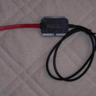 SATA/IDE to USB 2.0 変換アダプタ