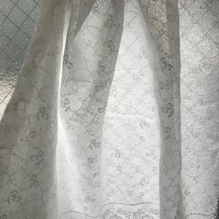 小窓カーテンレース
