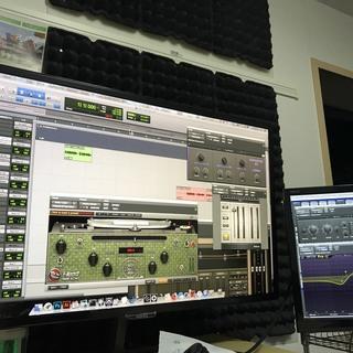 パソコンを使用して作曲、歌入れや編集(DAWを使用しての曲作り)D...