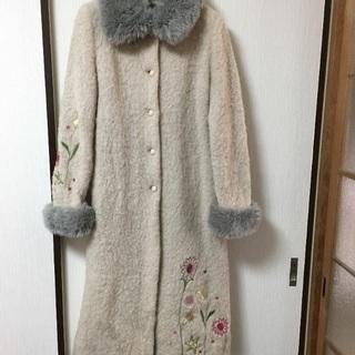 ホコモモラJocomomola コート