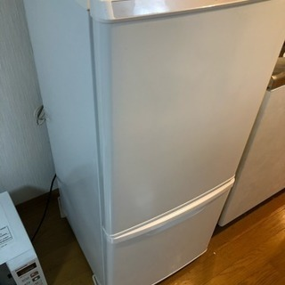冷蔵庫(パナソニック NR-B146R 2014年製)売ります