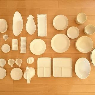 食器(白)多数