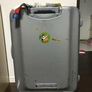 大きなスーツケース 無料
