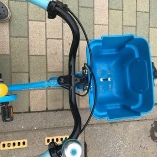 機関車ト一マス、14インチ椅子まで45センチ − 埼玉県