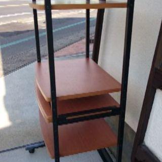 パソコンラック (PC rack)