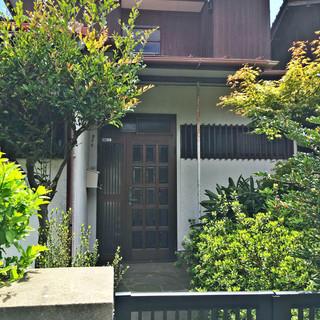 [オーナーチェンジ] 庭付きの2階建一軒家.4.5万円.広くて安い...