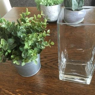 #35 ★IKEAのガラス花瓶とグリーンと鉢カバー 美品★