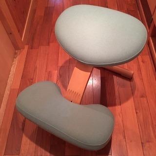 リボ社 バランスチェア 専用カバー付き 学習椅子姿勢矯正 【A】