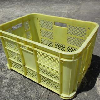 貴重!業務用 鶏、作物入れ プラスチックケース コンテナボックス 大型