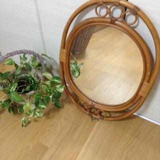 大きめ 籐 鏡 サイズ約66x48x2.5
