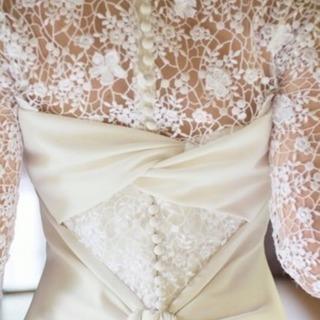 桂由美 袖付きウエディングドレス(ブライダルインナー付き)