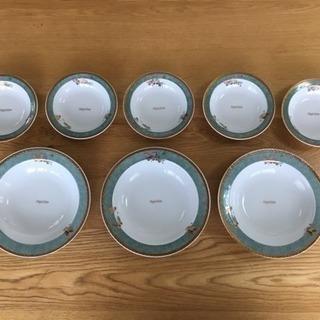 【金メッキ洋食器8枚セット】中皿3枚・小皿5枚(Papillon...
