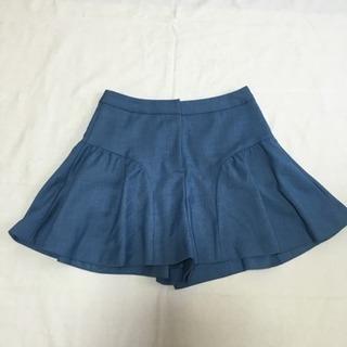 美品 ユニバーバルミューズ ミニスカート