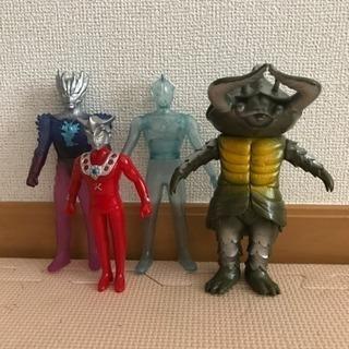 ウルトラマンと怪獣 セット