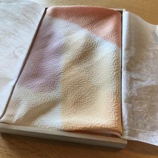伝統の逸品) 絹のふろしき 未使用品 桐箱入 🦋