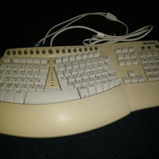 マイクロソフト キーボード(o・д・)
