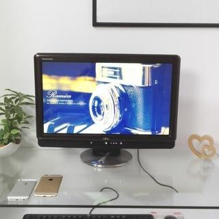 高級感のあるブラックブラウン★ corei5で高性能♪ ブルーレイ対応☆ タッチパネル! カメラ搭載 メモリ4G! 大容量1000G windows10 64Bit 富士通 美品 ESPRIMO  一体型デスクトップ 20型 DVDマルチ 高級感のある黒茶 かっこいい キーボード&マウス付き  速い 簡単 初心者向き の画像