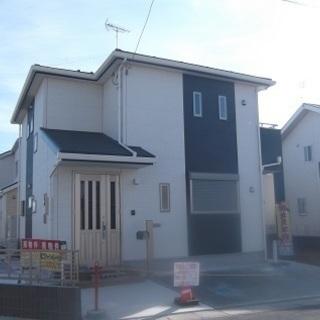 新価格に変更1900万円(税込み)北西角地の4LDK+サービスルー...