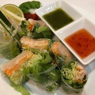 夏メニュー好評!タイ料理で元気いっぱい