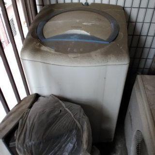 テレビ2台&自動洗濯機