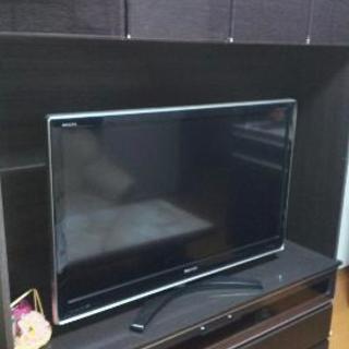 新品収納付きテレビ台
