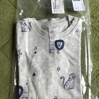 H&M 新品美品 半袖Tシャツ!