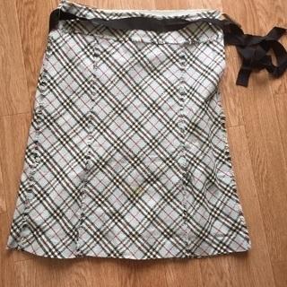 お値下げしました☆バーバリー 膝丈スカート