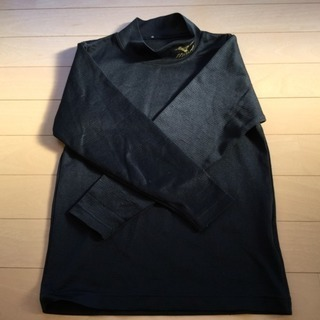 スポーツ用 アンダーシャツ 黒色 多分130㎝