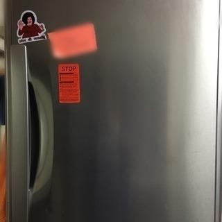 引越しのため冷蔵庫差し上げます