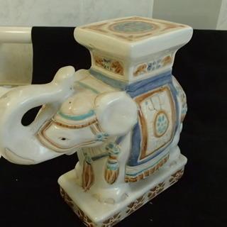 陶器製 象の花台