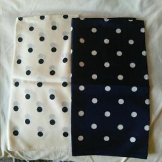 【新品、未使用】スカーフ2枚