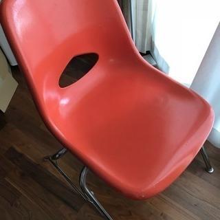 椅子4脚セットを無料でどうぞ!
