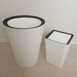 美品 フリップ式ごみ箱 ホワイト ラウンド スクエア 2こセット