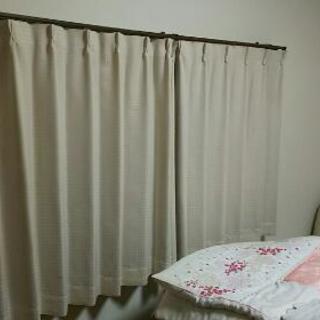 中古カーテン 100×110が2枚