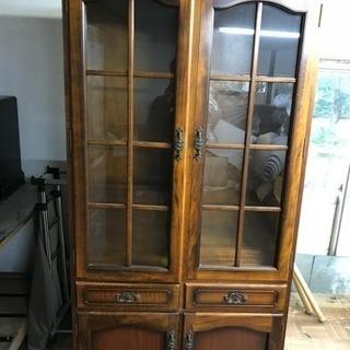 カリモク製 食器棚