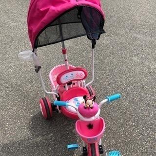 女の子 三輪車