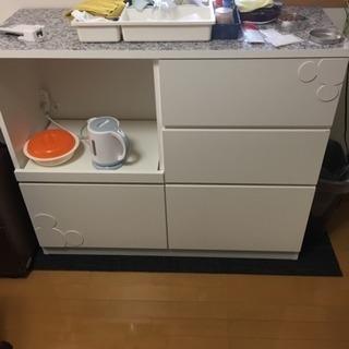 ミッキーマウスの収納家具
