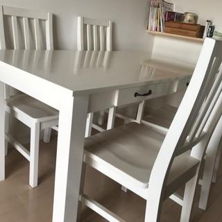 真っ白なダイニングセット 椅子4脚 テーブルに引き出し有り(4個)