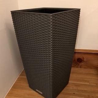 レチューザ(LECHUZA)プランター 鉢カバー