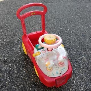 キティちゃん乗用おもちゃ
