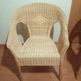 イケア 籐 チェア 椅子 1脚200円 4脚あります