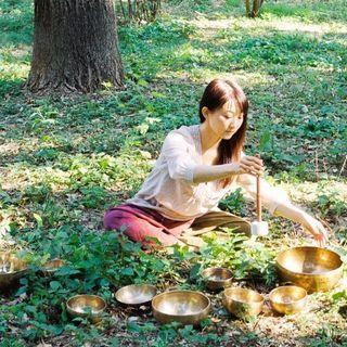 『食べる瞑想 + シンギングボウル』