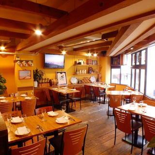 祖師ヶ谷大蔵 開放的でアットホームなレストランのホールサービス・...