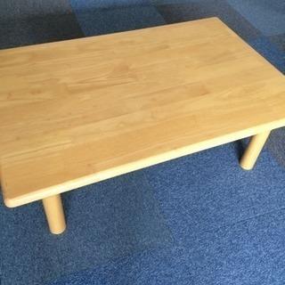 木の折りたたみテーブル